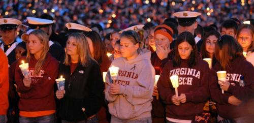 VIRGINIA-TECH-SHOOTING-candlelight-vigil